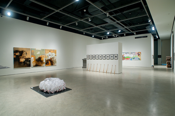 Featuring the work of Laura Shintani, Jose Seoane and Dylan Miner</br>Photograph by Frank Piccolo
