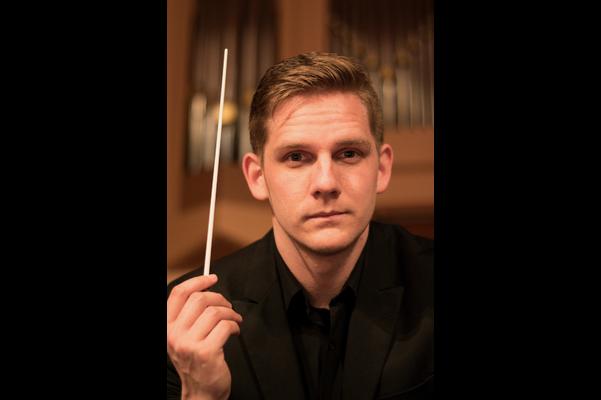Maestro Daniel Wiley, Associate Conductor